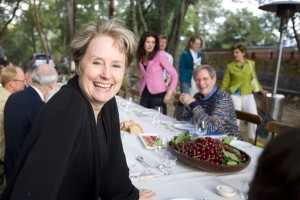 1280px-Alice_Waters_at_Viader_Vinyards,_Napa